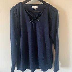 2/$18 Navy / Long Sleeve / V-neck / Tee